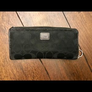 EUC Authentic Coach Wallet Black